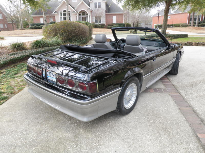 1989FordMustangGTConvertible078A